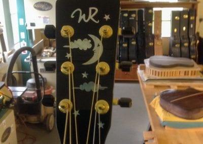 tom-dean-wr-custom-acoustic-cutaway-guitar-2
