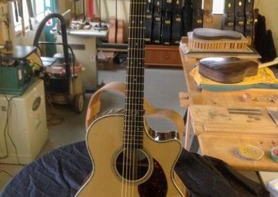 tom-dean-wr-custom-acoustic-cutaway-guitar-3
